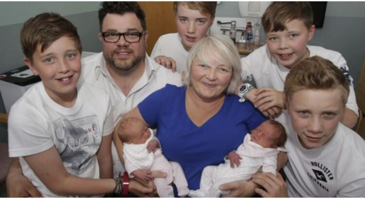 Tris kartus po dvynukus pagimdžiusi moteris sako, jog tai ne kas kitas, kaip stebuklas