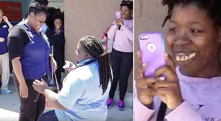 Į draugės piršlybų nuotrauką patekusi mergina staiga tapo tūkstančių žmonių pašaipų taikiniu dėl savo šypsenos. Sugniuždyta mergina netrukus gavo lemtingą žinutę